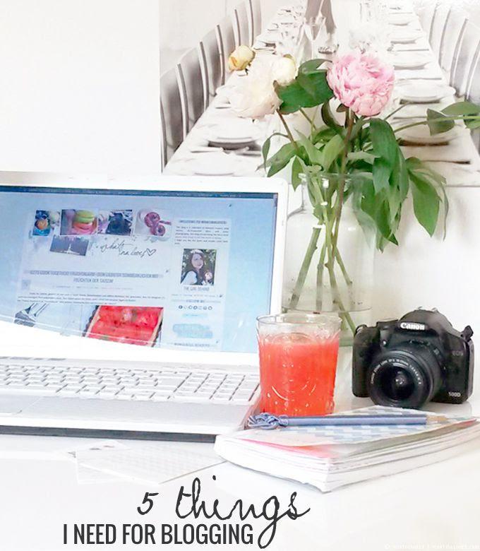 http://i402.photobucket.com/albums/pp103/Sushiina/cityglam/cityglam001/blogging1_zps3f7716c1.jpg