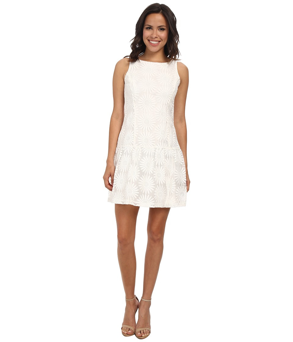 Jessica Simpson - Drop Waist Fit and Flare Dress (Ivory) Women's Dress