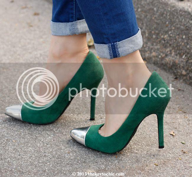 Mossimo Viveca cap toe pumps heels
