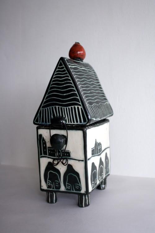 Kira O Brien Ceramics - featured artist on Ceramics Now