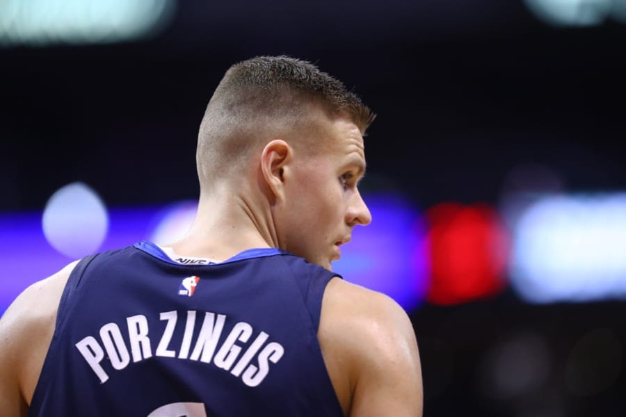 NBA Rumors: Mavericks contracted Warriors about Porzingis trade