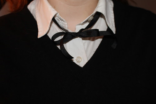 Ribbon tie outfit: straight-leg Gap jeans, V-neck sweater, Ralph Lauren shirt, ribbon bow tie, vintage saddle oxfords