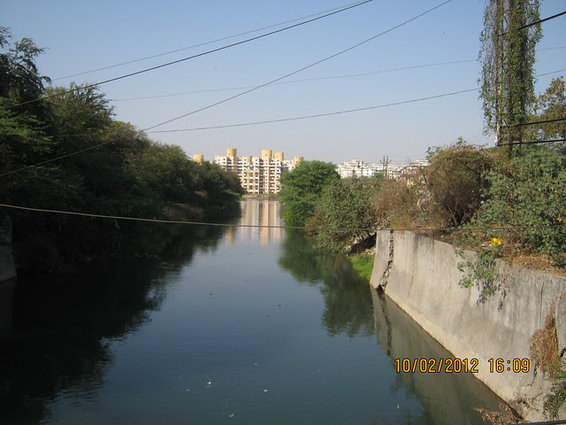 Mutha Canal - Visit Kumar Properties' Kumar Purab, 2 BHK & 3 BHK Flats, off Pune Solapur Road, behind Diamond Cars, Hadapsar, Pune 411 028