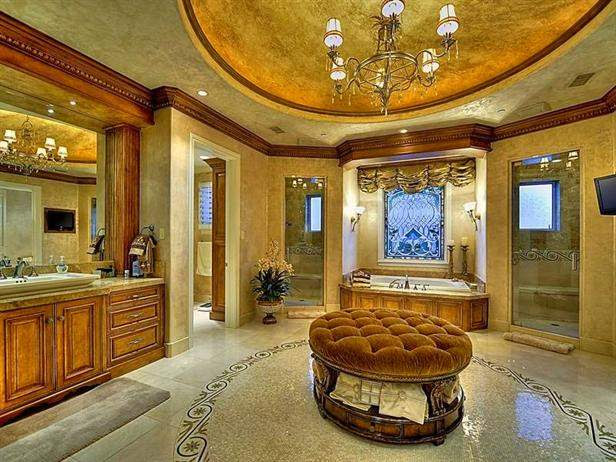 Check Out These Bathrooms On Steroids! - Preview Chicago