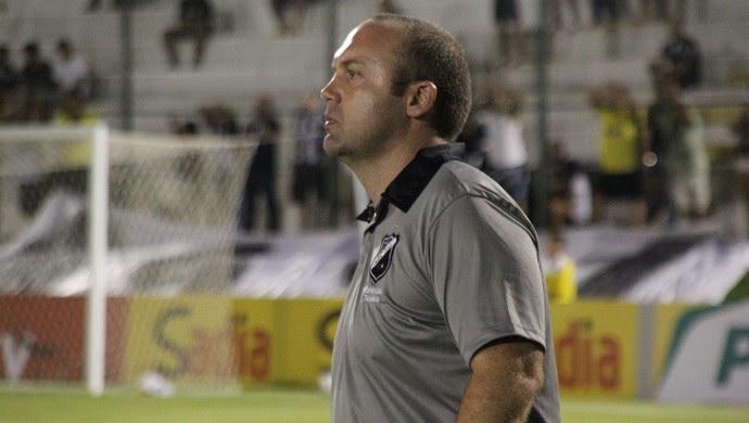 Ademir Fesan - auxiliar técnico do ABC (Foto: Fabiano de Oliveira)