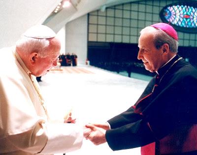Con Juan Pablo II, en 2003.