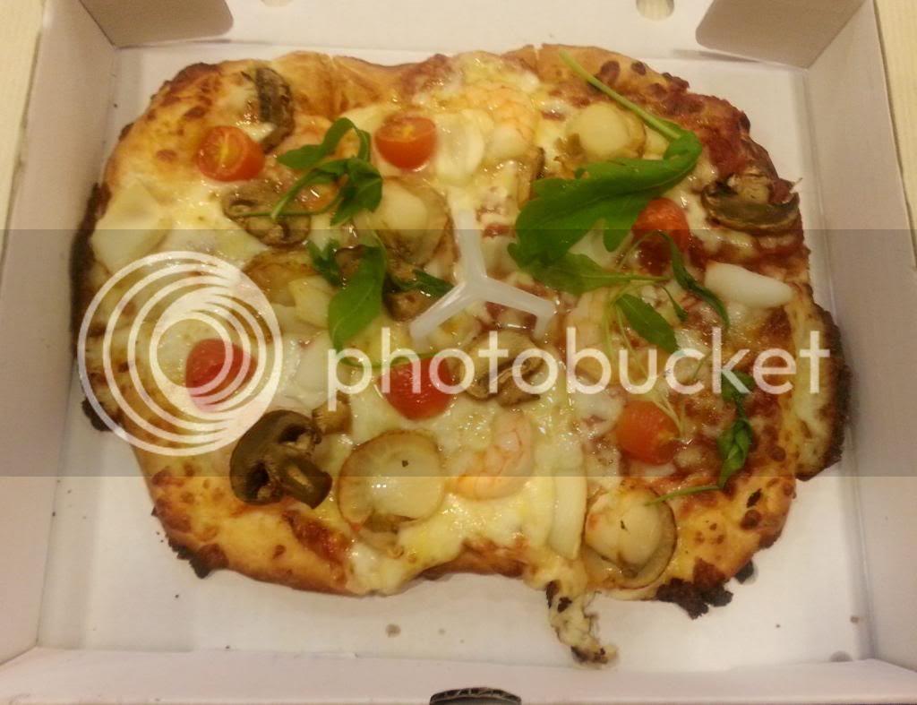 photo PizzaHutSignature03.jpg