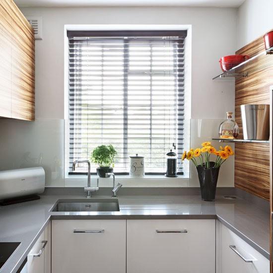 Compact U shaped kitchen