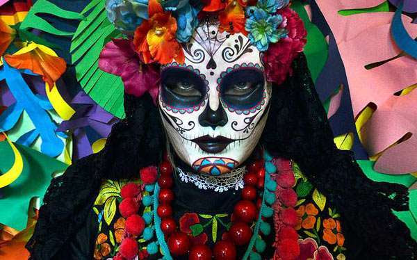 DIY La Calavera Catrina Day Of the Dead Costume | maskerix.com
