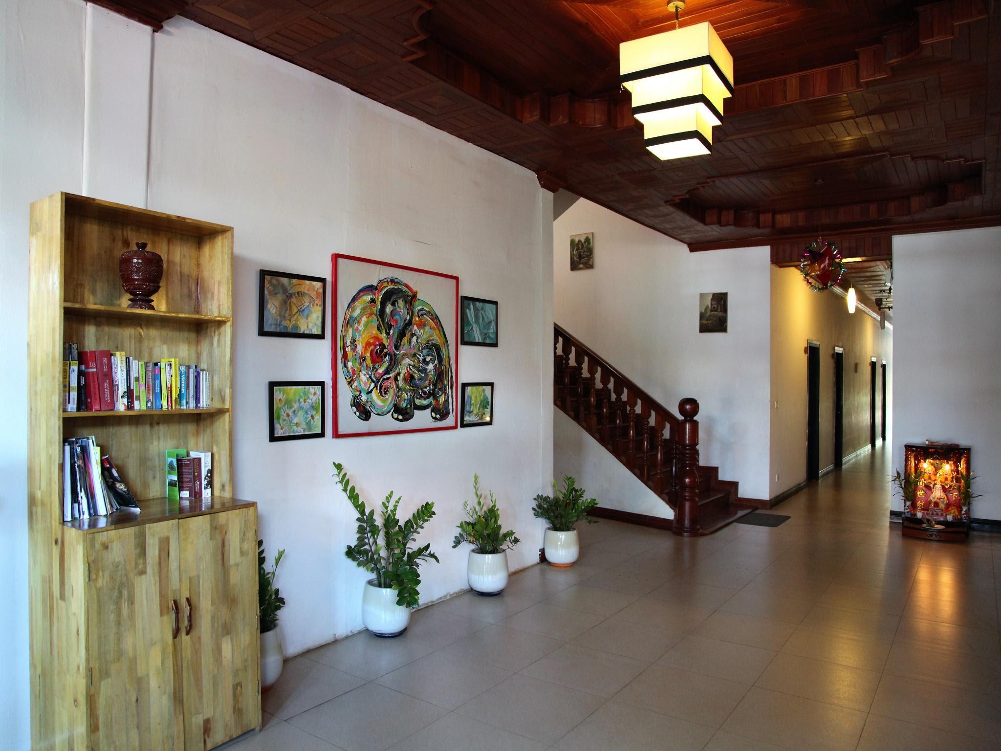 Discount The Villa Sok San Square
