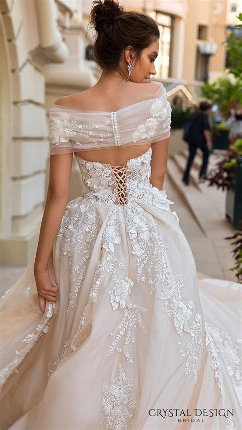 25  best ideas about Couture Bridal on Pinterest   Weeding