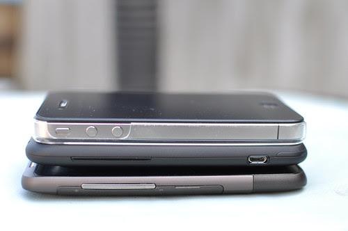 iPhone 4、HTC Incredible S、HTC Desire HD疊疊樂7
