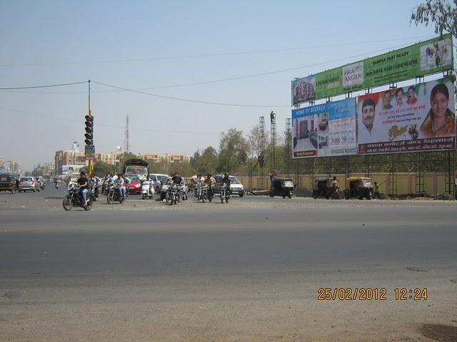 Sai Chowk - Visit Gobind Shree Ganesh Graceland & Mantri Mystica, near Hotel Shivar Garden, Rahatani, Aundh Annex,  Pune 411017