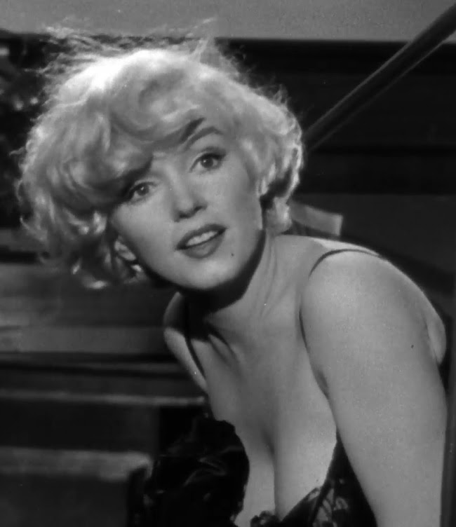 File:Marilyn Monroe in Some Like it Hot trailer cropped.jpg