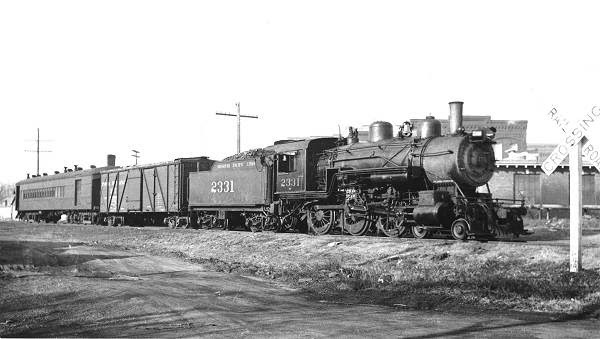 42 Missouri Pacific Engine and Cars at Depot in Eldon