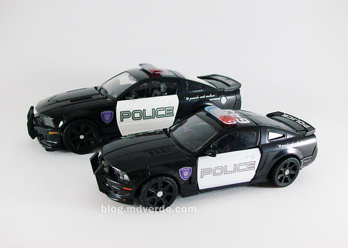 Transformers Barricade Human Alliance RotF vs Deluxe - modo alterno
