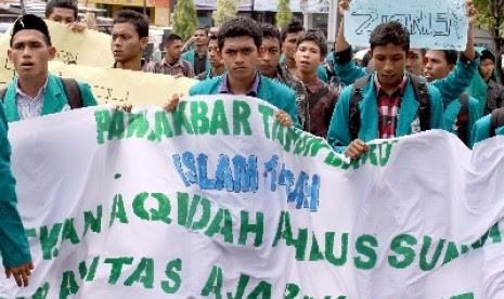 Demo menuntut pembubaran aliran sesat (ilustrasi)