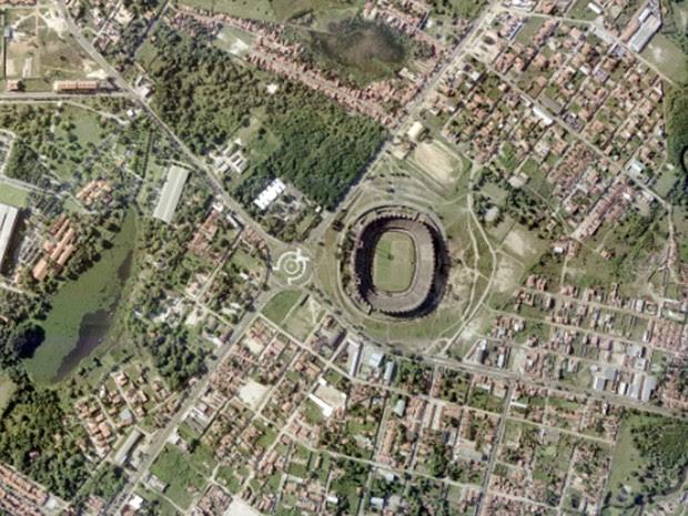 Estádio Castelão, em Fortaleza, em foto feita em 2001 (Foto: Base Aerofotogrametria)