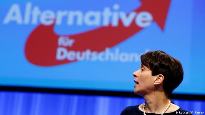 Deutschland AfD Bundesparteitag in Stuttgart Frauke Petry