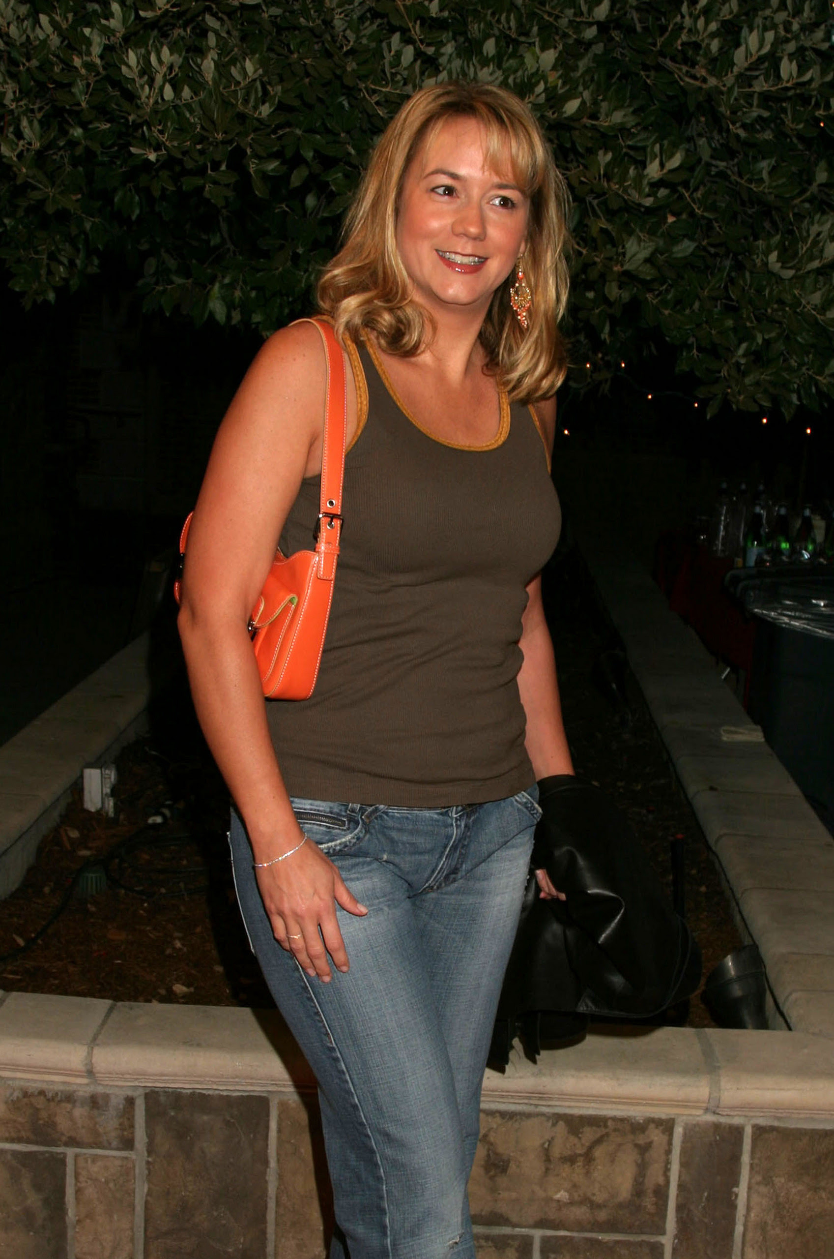 Megyn Price American Actress very hot and sexy pics | Free