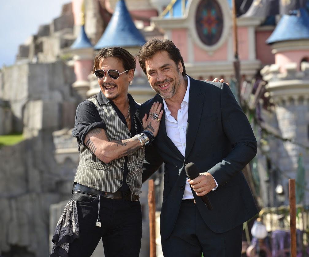 Johnny Depp e Javier Bardem lançam 'Piratas do Caribe' no Paris (Foto: Divulgação/G1)