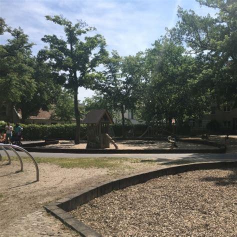 spielplatz plantagenplatz  potsdam
