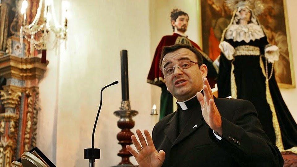 Resultado de imagen de Reverendo Padre David Gutierrez