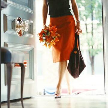 entrance_withflowers-dressdesignanddecorblog