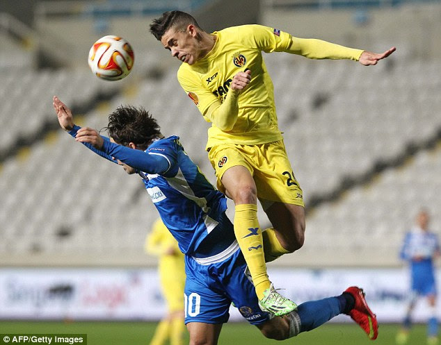 The Brazilian defender will be looking to bolster Arsenal's defensive ranks if a move goes through