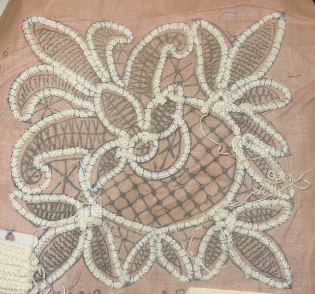 fleur de lis under construction