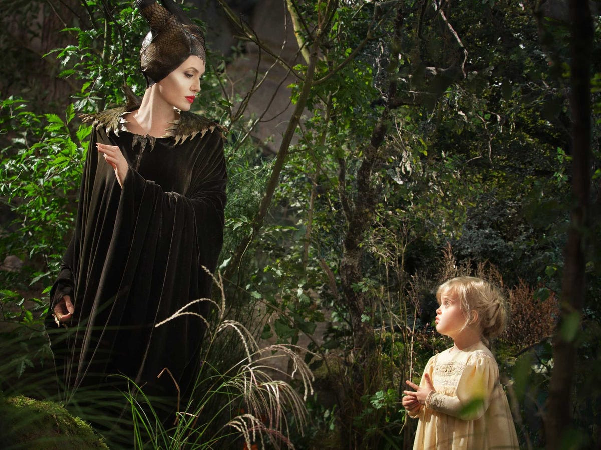 AGE 6: Vivienne Jolie-Pitt