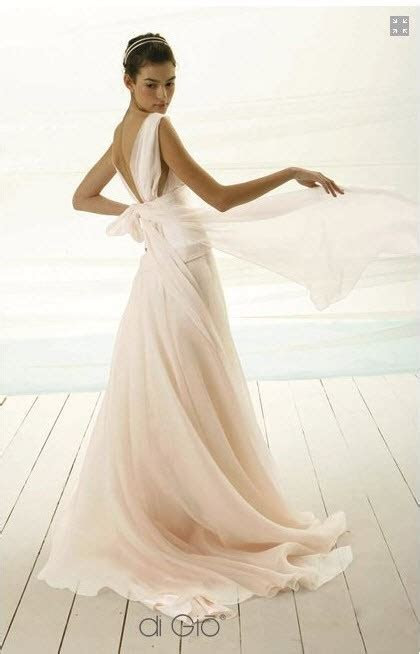 Le Spose Di Gio Used Wedding Dress on Sale 77% Off
