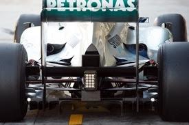 Mercedes ha provato gli scarichi alti