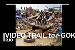 Butuh Hiburan? Coba deh lihat video motor trail yang satu ini, pasti ketawa deh