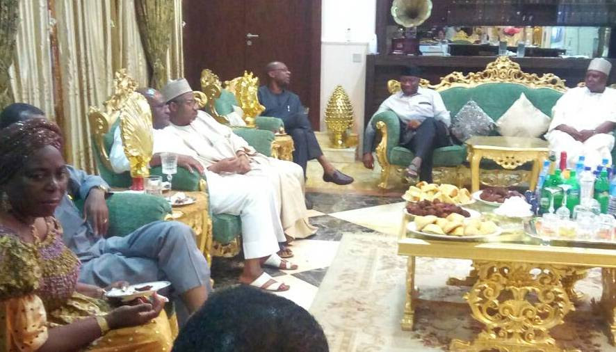 PDP former Ministers pay Sallah visit to ex-President Jonathan (photos)