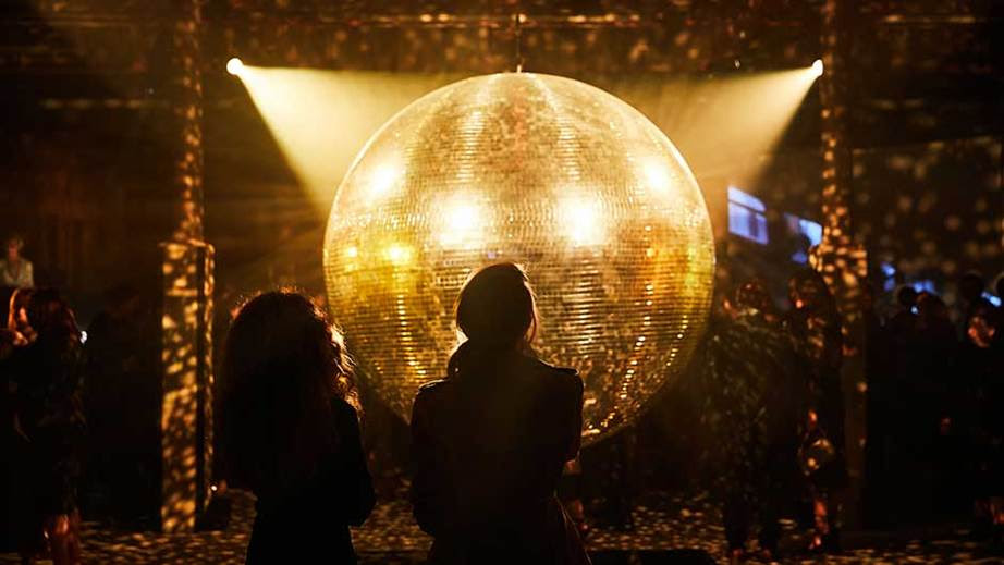The venue was adorned with one giant disco ball for added party atmosphere.