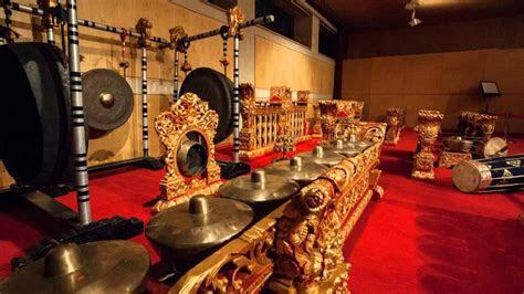 sejarah gamelan jawa perkembangannya oleh dewi sundari