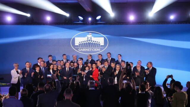 """""""Premier"""" Schetyna i """"ministrowie"""". Tak wygląda """"gabinet cieni"""" PO"""