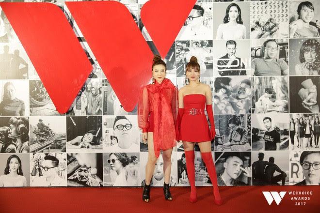 Còn chờ mong gì nữa, đây chính là những bộ cánh đẹp mắt nhất thảm đỏ WeChoice Awards 2017! - Ảnh 16.