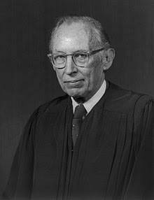 http://upload.wikimedia.org/wikipedia/commons/thumb/9/99/US_Supreme_Court_Justice_Lewis_Powell_-_1976_official_portrait.jpg/220px-US_Supreme_Court_Justice_Lewis_Powell_-_1976_official_portrait.jpg