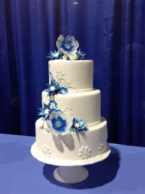 17 Best images about Cakes by Professional Cake Decorators