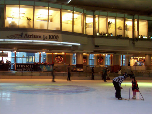 Skating at Atrium le 1000