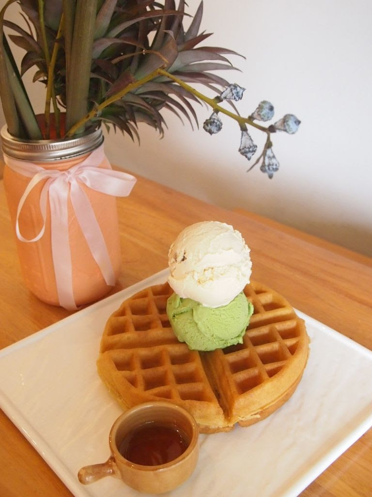 photo Geometry Bukit Merah Waffles.jpg