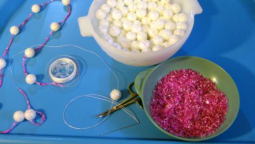 snowball garland 1