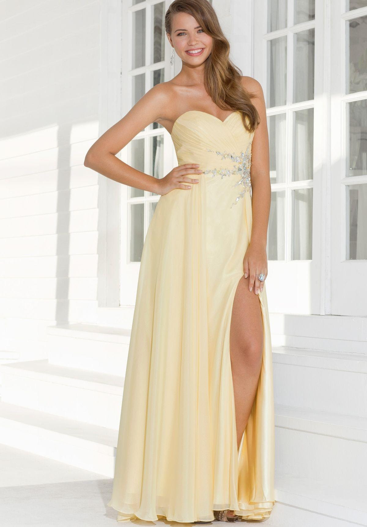 Elegant long dresses for evening