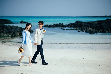 Beach Pre Wedding Photography at Jeju Island   Gayun