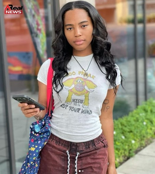 Quenlin Blackwell Biography, [YouTuber] Wiki, Age, Height, Parents, Boyfriend, Net Worth, & More