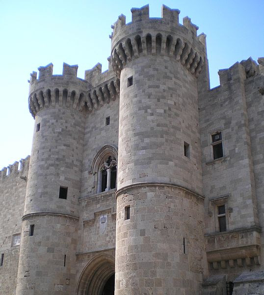 Archivo: Palacio del Gran Maestre de los Caballeros de Rhodes.jpg