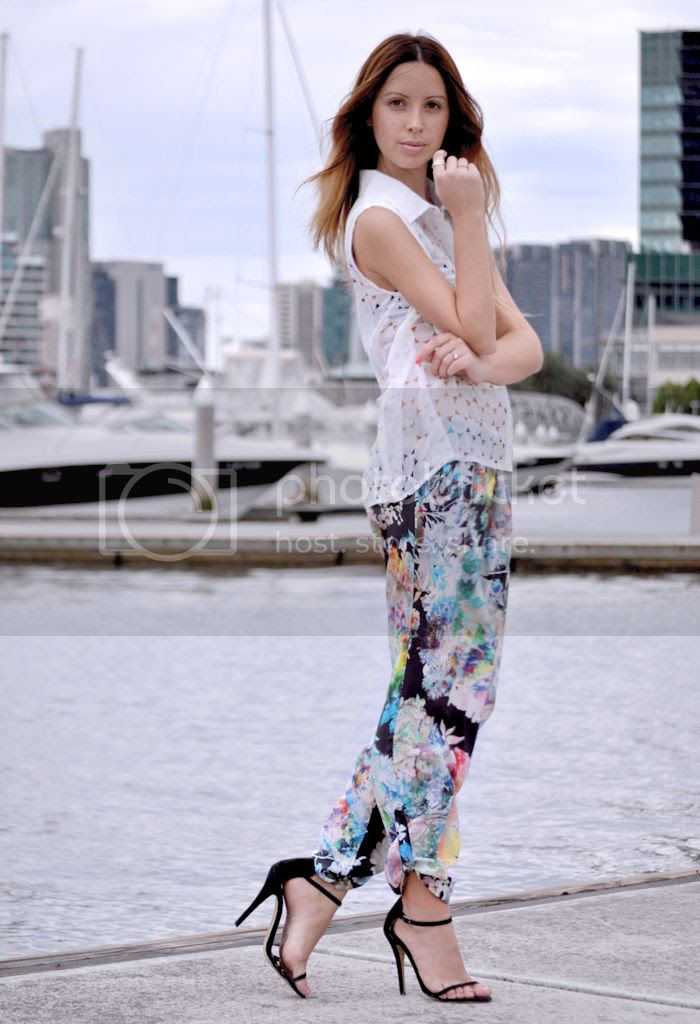 Talulah printed pants on Friend in Fashion