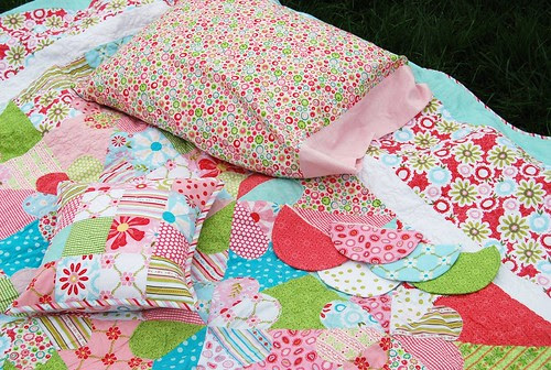 Accessories for niece's quilt